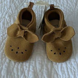 Baby GAP suede shoes